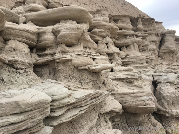 Rock formations in the White River Badlands of northwestern Nebraska on trail to Toadstool Geologic Park